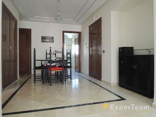 A louer appartement meubl 120 m avec terrasses for Appartement meuble a louer a casablanca