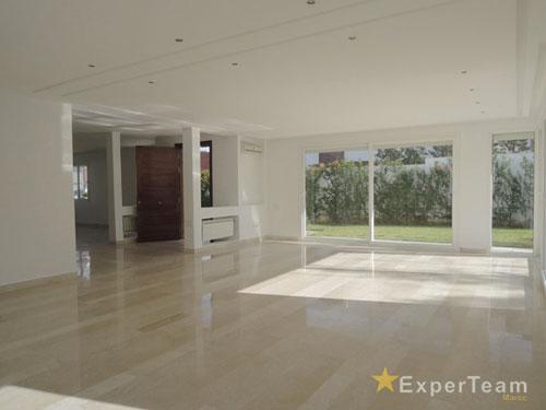 Experteam : A Louer — Villa Avec Piscine — 300 M² — Bouskoura